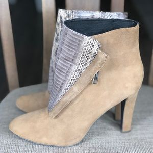 Asymmetrical front booties suede boots